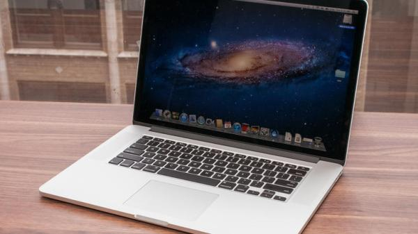Macbook_Pro_2012_with_Retina_Display_35331572_05